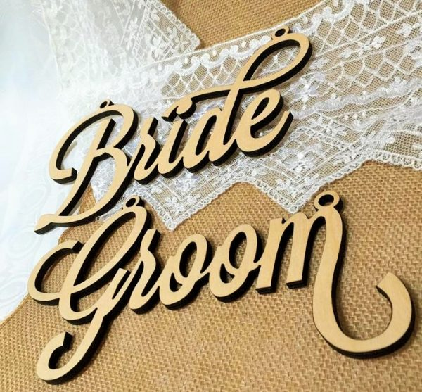 WOODEN SEAT PLAQUES WEDDING