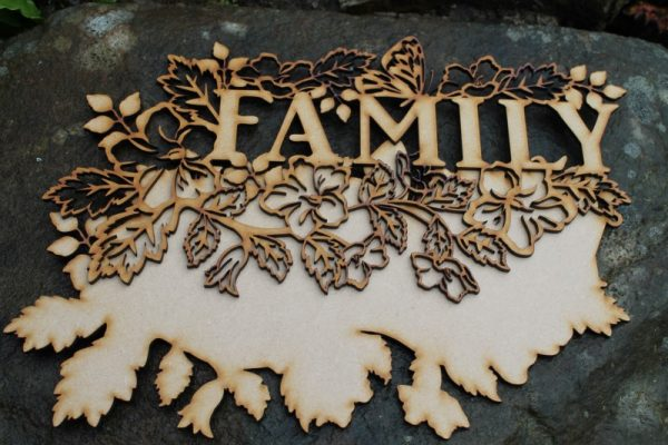 FAMILY WORD CRAFT PLAQUE