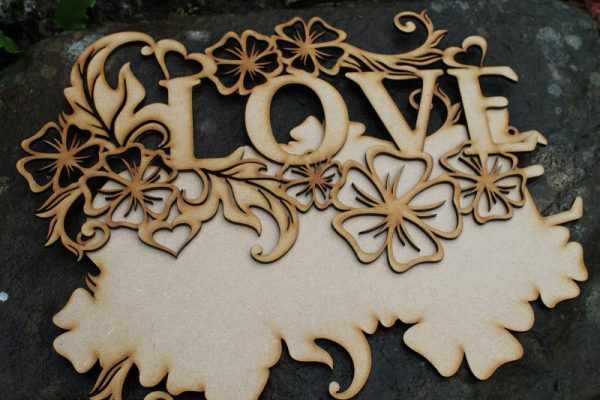 LOVE WORD CRAFT PLAQUE